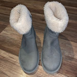 Brand new, Never worn gray Uggs